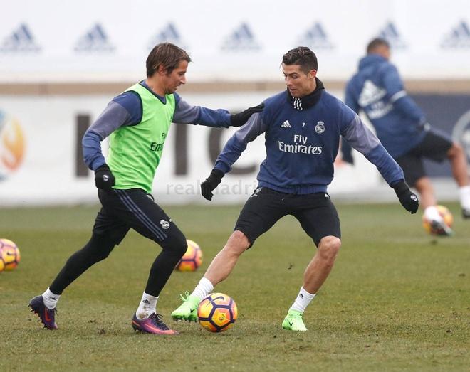 Real don Modric va Gareth Bale tro lai anh 6