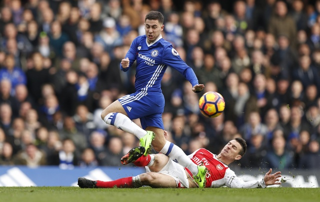 Chelsea 3-1 Arsenal: 'Phao thu' thua be bang hinh anh 30