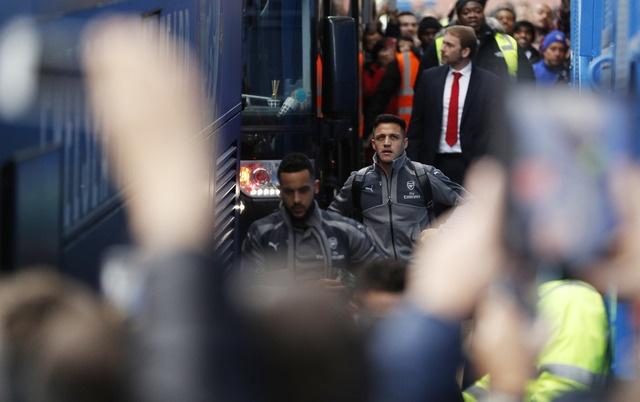 Chelsea 3-1 Arsenal: 'Phao thu' thua be bang hinh anh 13