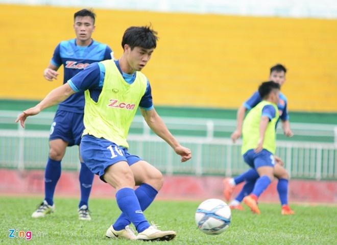 U23 VN 3-0 Malaysia: Cong Phuong kien tao va ghi ban hinh anh 17