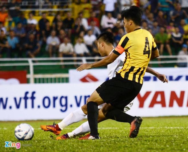 U23 VN 3-0 Malaysia: Cong Phuong kien tao va ghi ban hinh anh 19