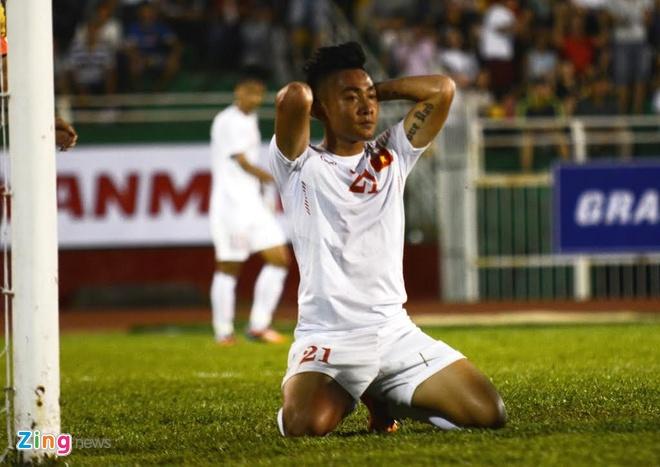 U23 VN 3-0 Malaysia: Cong Phuong kien tao va ghi ban hinh anh 24