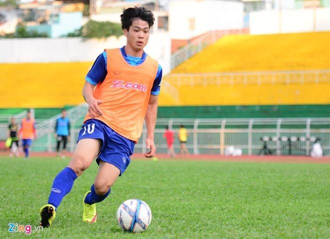U23 VN 3-0 Malaysia: Cong Phuong kien tao va ghi ban hinh anh 7