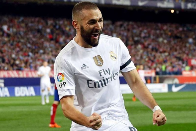 Real gia han hop dong voi Benzema den 2022 hinh anh 1