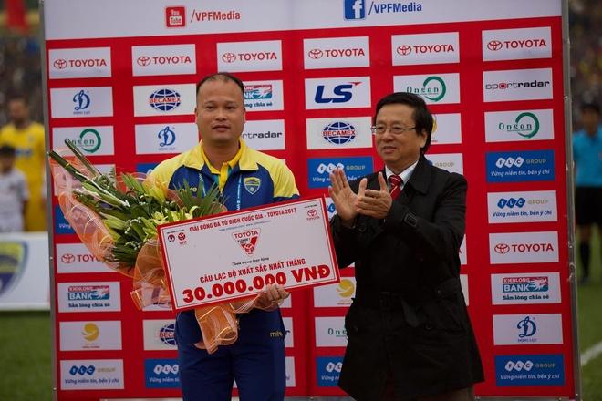 Tran CLB Thanh Hoa vs CLB TP.HCM anh 10