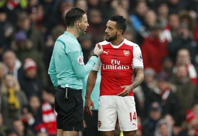 Arsenal vs Hull City (2-0): Sanchez ghi ban bang tay hinh anh 22