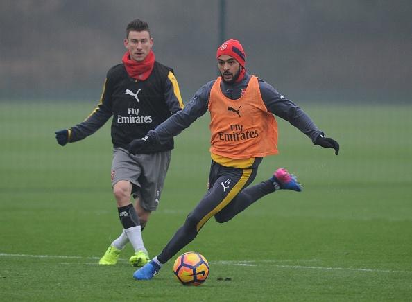 Wenger muon CDV Arsenal khong chi trich Oezil anh 3