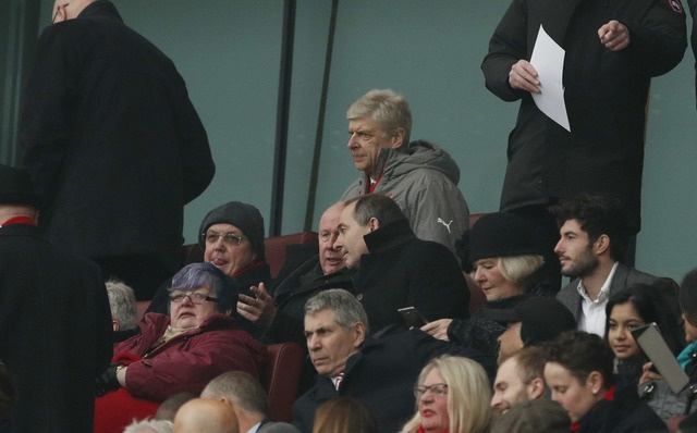 Arsenal vs Hull City (2-0): Sanchez ghi ban bang tay hinh anh 13