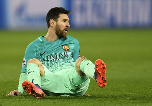 Messi gay that vong nhu the nao truoc PSG? hinh anh