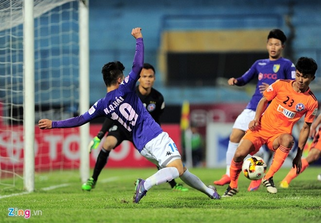 CLB Hai Phong 1-1 CLB Ha Noi: Quang Hai tiep tuc ghi dau an hinh anh 4