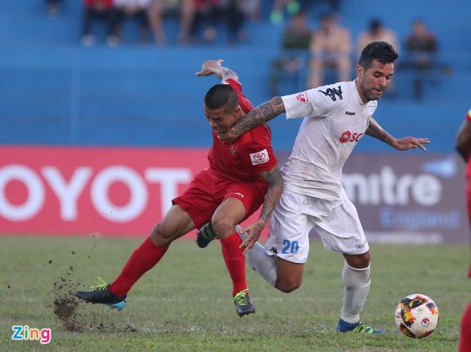 CLB Hai Phong 1-1 CLB Ha Noi: Quang Hai tiep tuc ghi dau an hinh anh 14