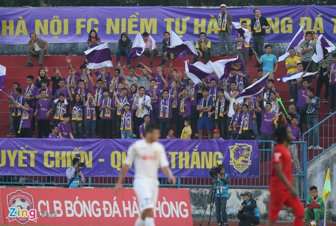 CLB Hai Phong 1-1 CLB Ha Noi: Quang Hai tiep tuc ghi dau an hinh anh 16