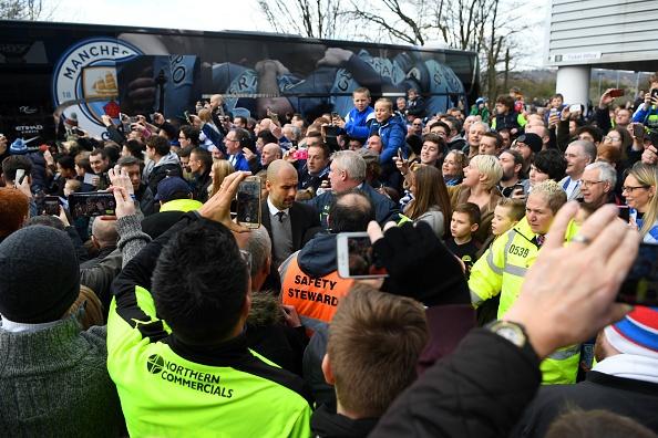 Tran Huddersfield vs Man City anh 11