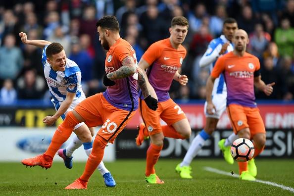 Tran Huddersfield vs Man City anh 15