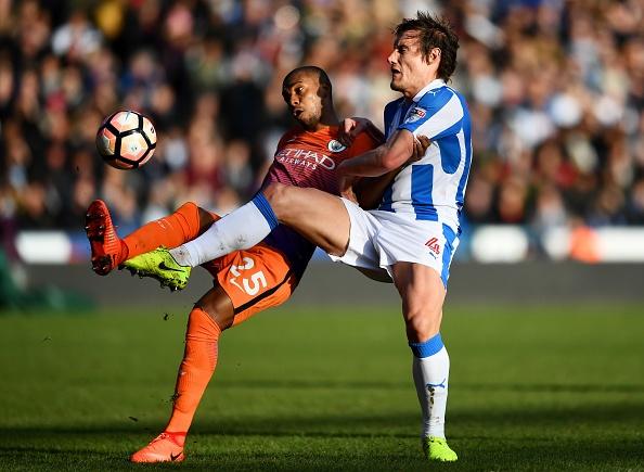 Tran Huddersfield vs Man City anh 17