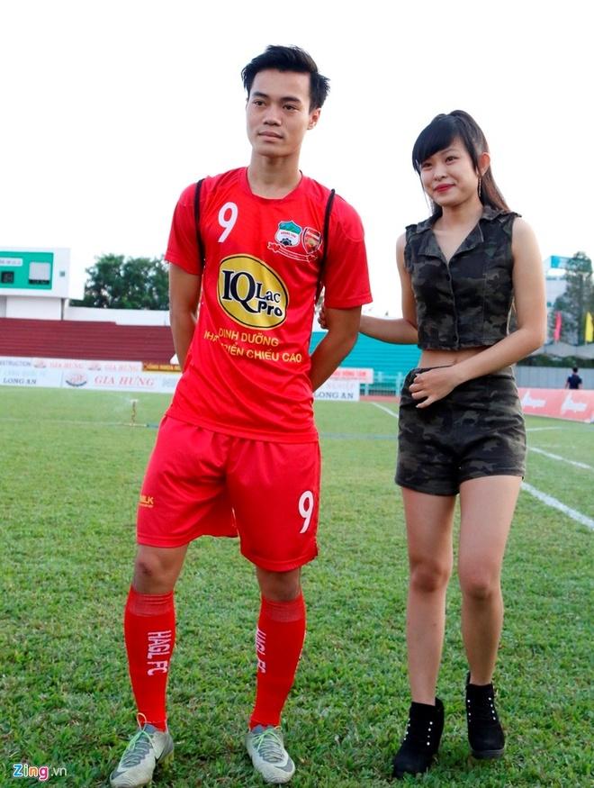 CLB Long An 0-3 CLB HAGL: Cong Phuong, Van Thanh ghi ban hinh anh 15