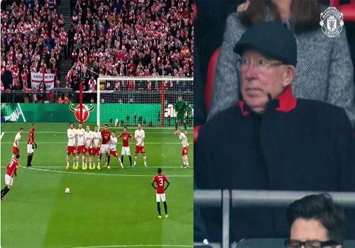 Alex Ferguson phan khich vi ban thang cua Ibrahimovic hinh anh