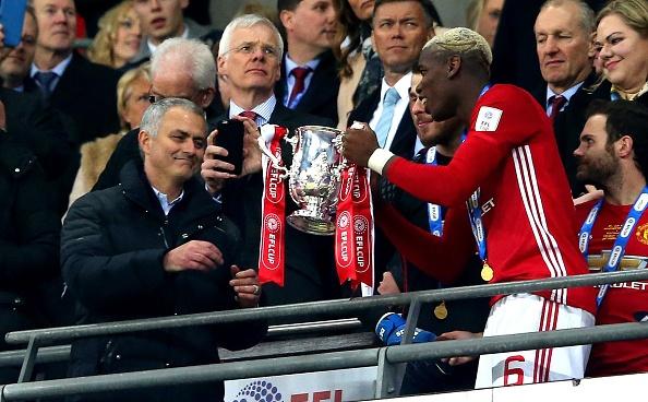 Jose Mourinho tu choi PSG vi tien luong hinh anh 1