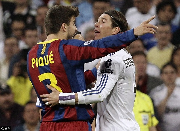 Ramos chi trich Gerad Pique anh 1