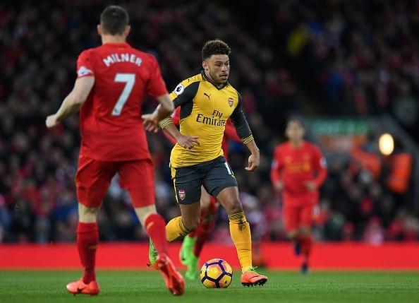 Liverpool 3-1 Arsenal: Arsene Wenger om dau that vong hinh anh 10