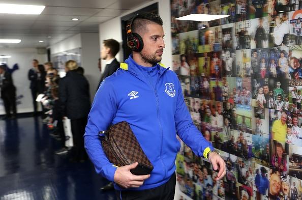 Tottenham 3-2 Everton: Harry Kane dan dau cuoc dua vua pha luoi hinh anh 9