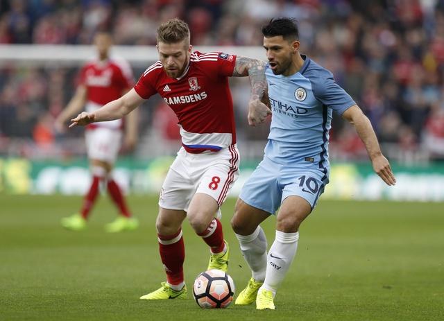 Aguero va David Silva dua Man City vao ban ket cup FA hinh anh 10