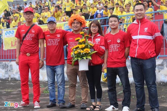 CLB Sai Gon thang SLNA 3-1, CLB Thanh Hoa tiep tuc bat bai hinh anh 13