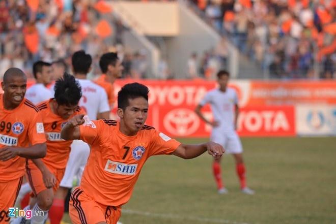 CLB Sai Gon thang SLNA 3-1, CLB Thanh Hoa tiep tuc bat bai hinh anh 5