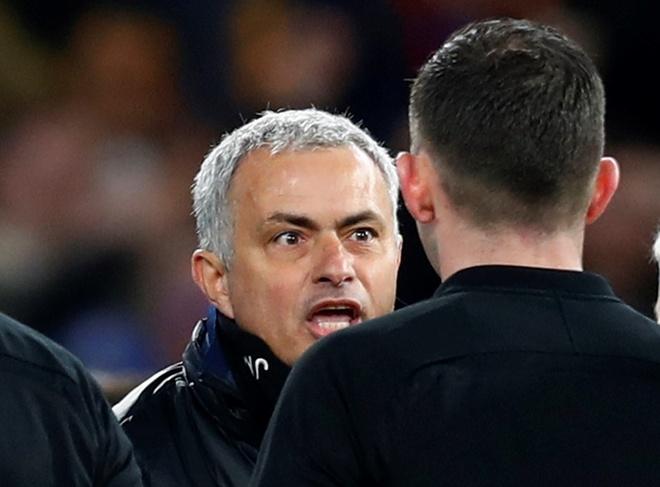 Tran Stoke vs Chelsea anh 4