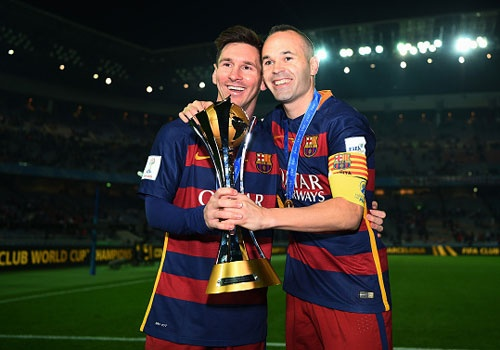 Lionel Messi va Iniesta chot tuong lai o Barca hinh anh 1