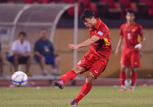 DT Viet Nam vs DT Dai Loan (1-1): Cong Phuong ghi ban hinh anh