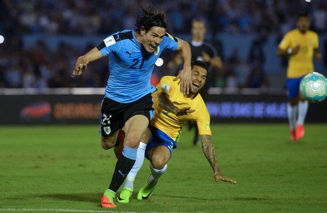 Tran Uruguay vs Brazil anh 11