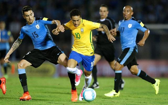 Tran Uruguay vs Brazil anh 12