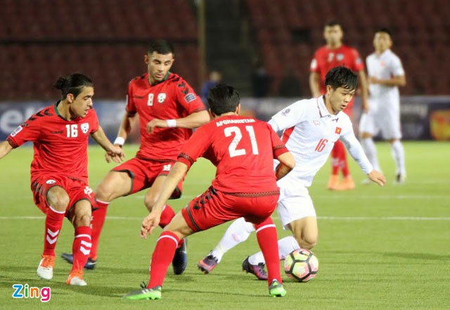 Afghanistan 1-1 DTVN: Cong Phuong da phat, Van Toan ghi ban hinh anh 20