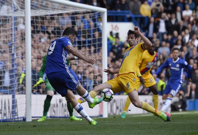 Chelsea bat ngo thua nguoc Crystal Palace 1-2 hinh anh 23