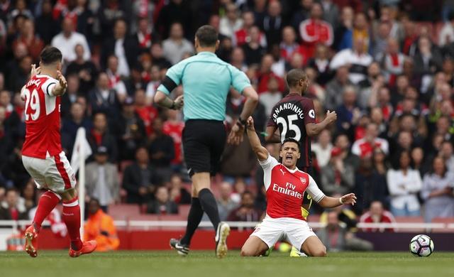 Tran Arsenal vs Man City anh 33