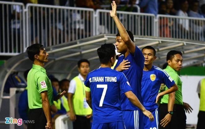 HAGL vs CLB Quang Nam (1-0): Cong Phuong gop dau an hinh anh 20