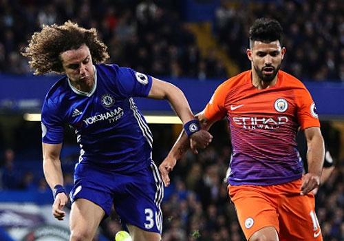 Chelsea tien gan chuc vo dich sau tran thang Man City 2-1 hinh anh
