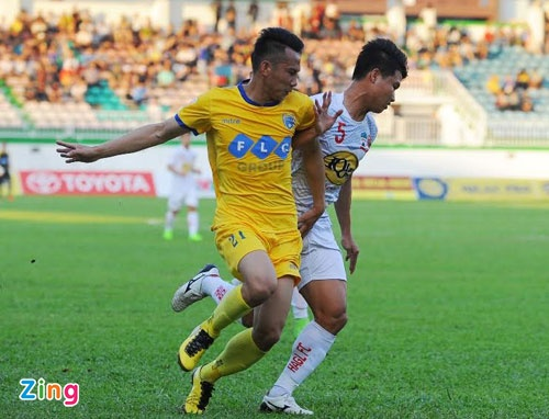 CLB HAGL 2-3 CLB Thanh Hoa: Cong Phuong ghi ban va kien tao hinh anh 22