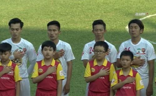 CLB HAGL 2-3 CLB Thanh Hoa: Cong Phuong ghi ban va kien tao hinh anh 17