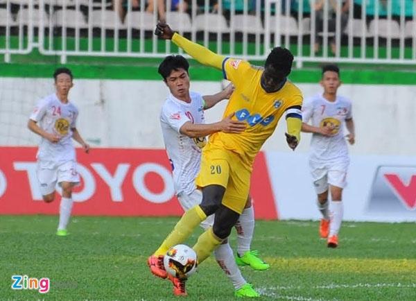 CLB HAGL 2-3 CLB Thanh Hoa: Cong Phuong ghi ban va kien tao hinh anh 24