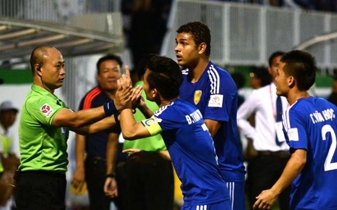 CLB HAGL 2-3 CLB Thanh Hoa: Cong Phuong ghi ban va kien tao hinh anh 4