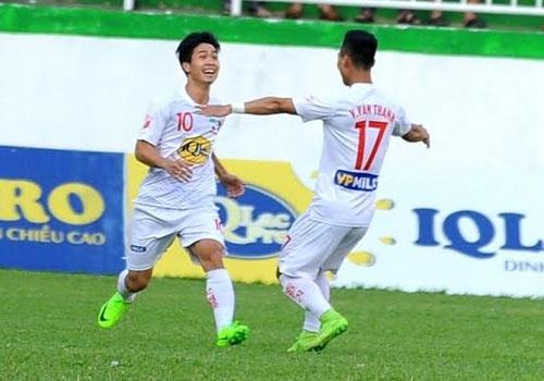 CLB HAGL 2-3 CLB Thanh Hoa: Cong Phuong ghi ban va kien tao hinh anh 20