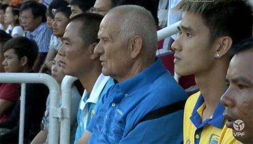 CLB HAGL 2-3 CLB Thanh Hoa: Cong Phuong ghi ban va kien tao hinh anh 21