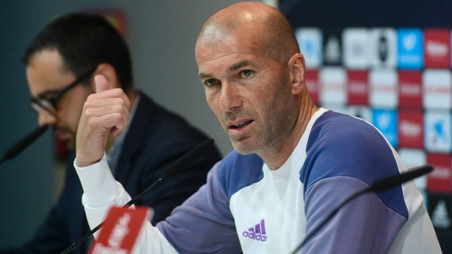 Zidane tiet lo khong duoc dam bao tuong lai o Real hinh anh 1