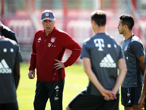 Bayern luyen choi bong ma dinh cao chuan bi gap Real hinh anh 2