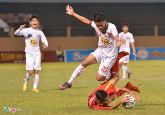U19 Viet Nam 0-1 U19 Gwangju: Hen tai dau tranh chuc vo dich hinh anh 1