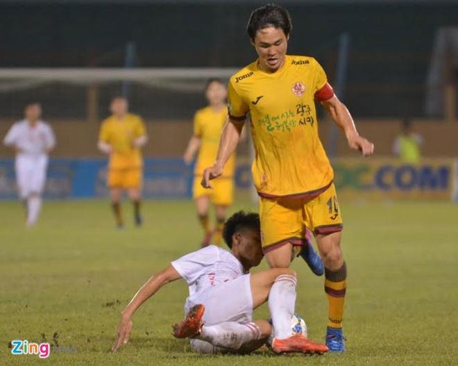 U19 Viet Nam 0-1 U19 Gwangju: Hen tai dau tranh chuc vo dich hinh anh 16