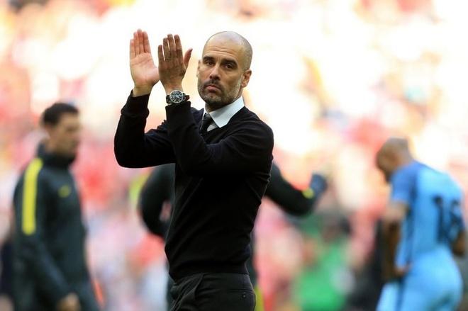 'Guardiola an toan du Man City khong du Champions League' hinh anh 1