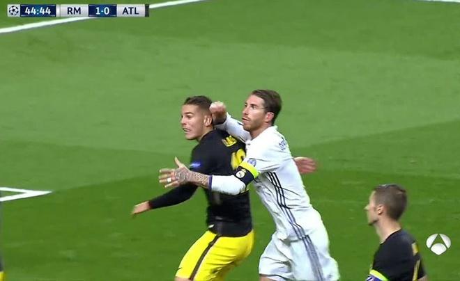 Ramos khong phai nhan the do la dung anh 1
